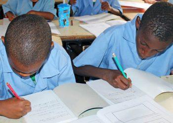 alunos-nas-escolas